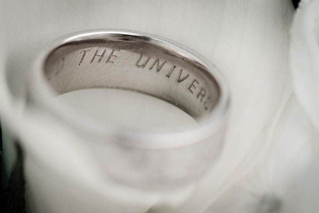 dark roasted blend unique wedding rings engraving ideas