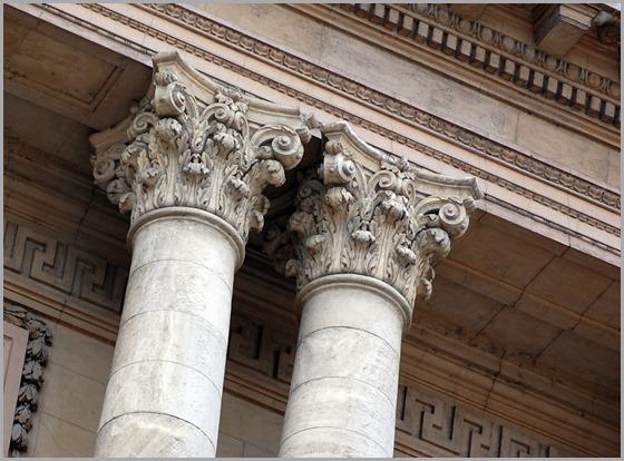 Corinthian-style-columns1175
