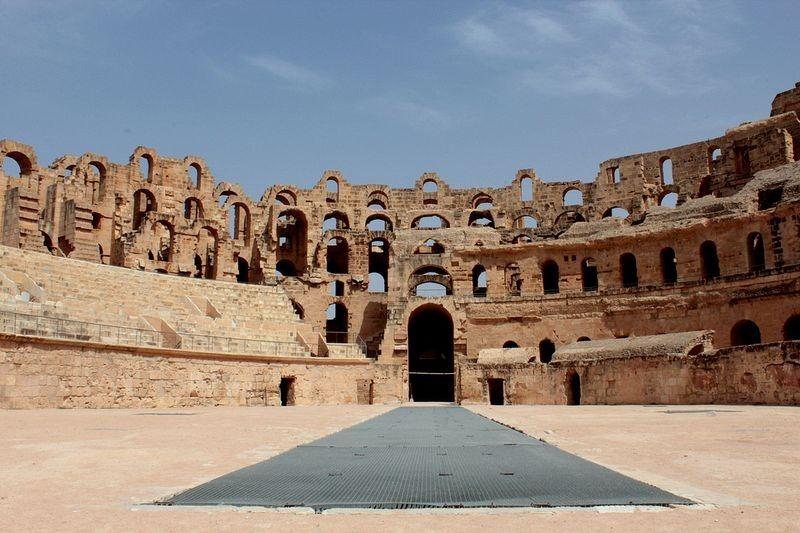 amphitheatre-of-el-jem-5