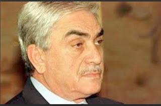 Témoignage de l'ex-président envers ait ahmed,  Le «puisse-t-il inspirer la jeunesse algérienne» de Zeroual