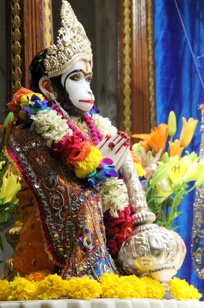 ISKCON Juhu Sringar Deity Darshan 14 Jan 2016 (29)