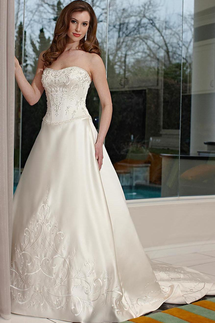 Simple Discount Ivory Sweetheart Basque Waist Vintage Wedding Gown qw080