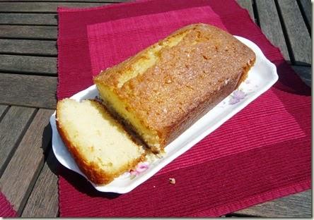 lemon drizzle cake2