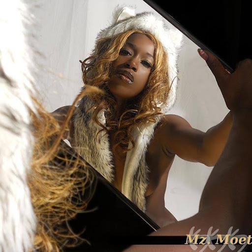 Diamond Monrow Nude Photos 16