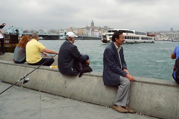 стамбул набережная мраморное море речной трамвайчик