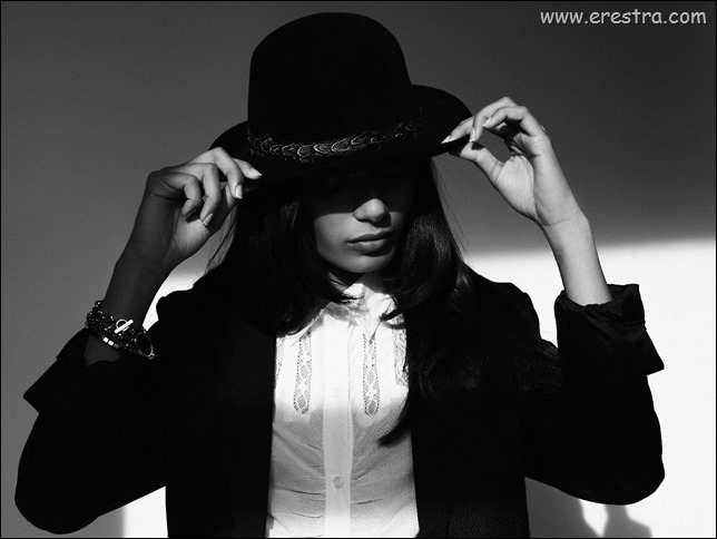 Freida Pinto 04.