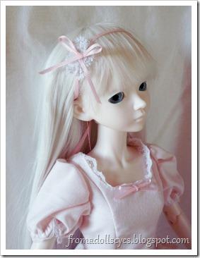 Bjd Wearing a Pink Dress