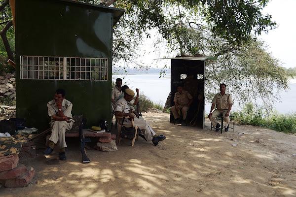 полиция индия