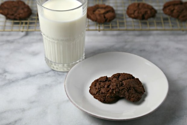 Dark-Chocolate-Oatmeal-Cookies-4