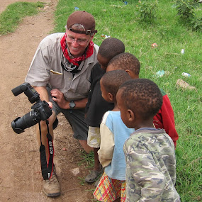 It's a photo of me! by Tom Howes - Babies & Children Children Candids ( tanzania )