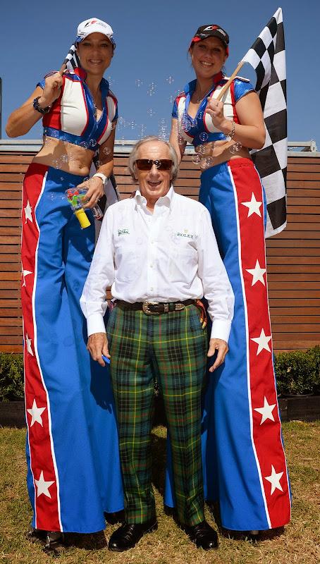 Джеки Стюарт и представительницы Альберт-Парка на Гран-при Австралии 2014