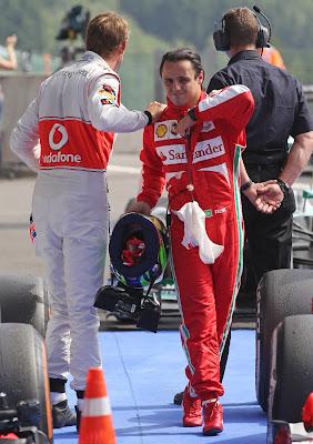 Дженсон Баттон и Фелипе Масса после свободных заездов на Гран-при Бельгии 2013