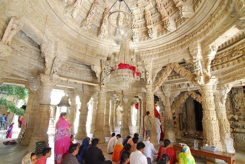 Ranakpur-Jain-Temple-18