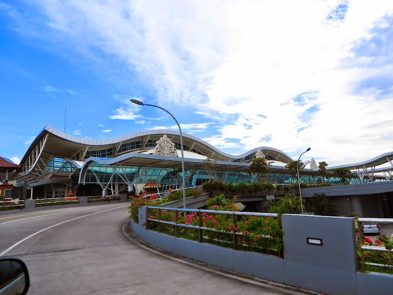 Aeroporto Denpasar : Bali dps new terminal opened october photos