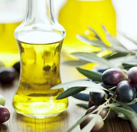 gambar olive oil malaika oil