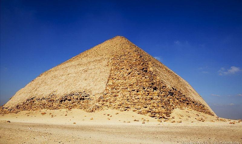 bent-pyramid-3