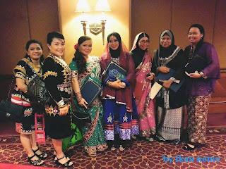 tema pakaian satu malaysia