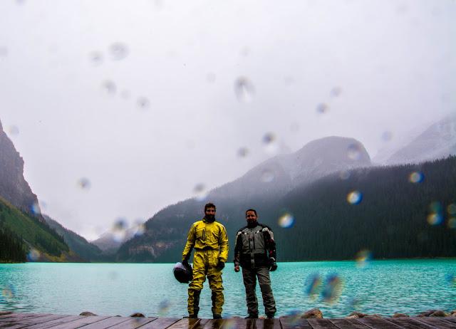 לייק לואיז בגשם.jpg