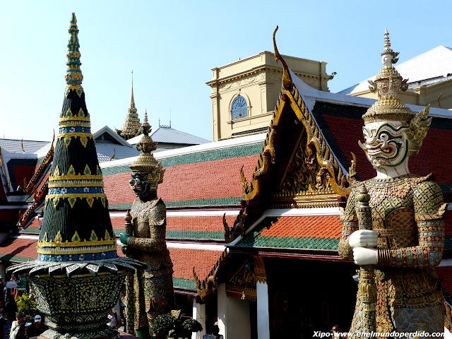 guerreros-gran-palacio-bangkok.JPG