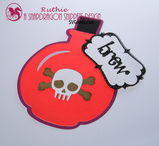 SnapDragon Snippets  - Potion Brew Bottle a6 card -Halloween Card -  Ruthie Lopez 3