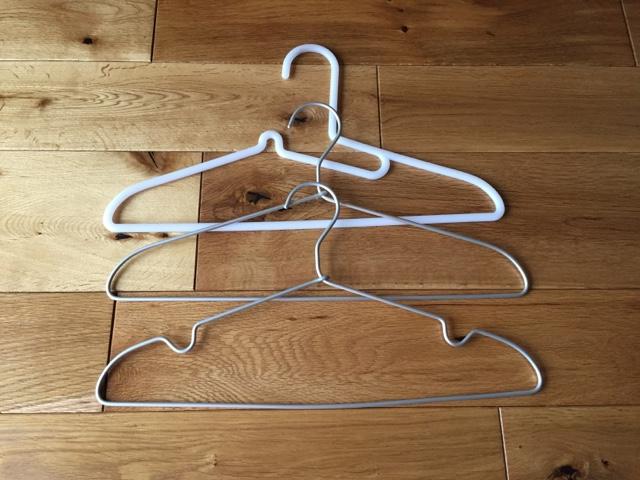 『無印良品 アルミ洗濯用ハンガーは出しっ放しでもイイかも。』