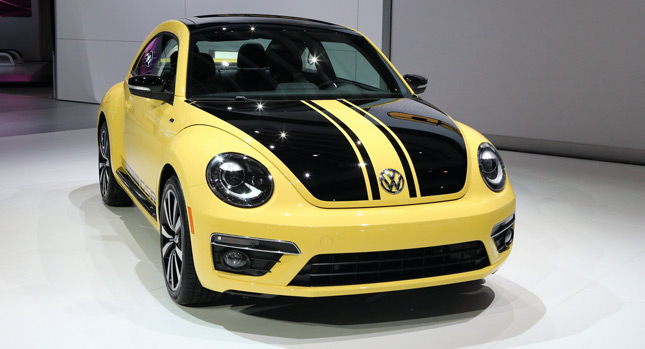 The Vw Beetle Is In Itself A Retro Inspired Car And Makes No Apologies For It Thus Resurrectingdas Gelb Schwarzer Renner German Yellow Black Racer