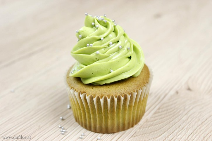 Matcha_Cupcakes_mit_grüner_Buttercreme (11)