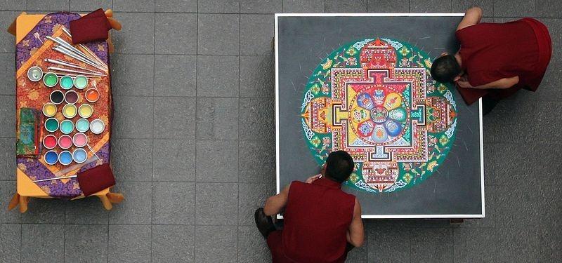 tibetan-sand-mandala-14