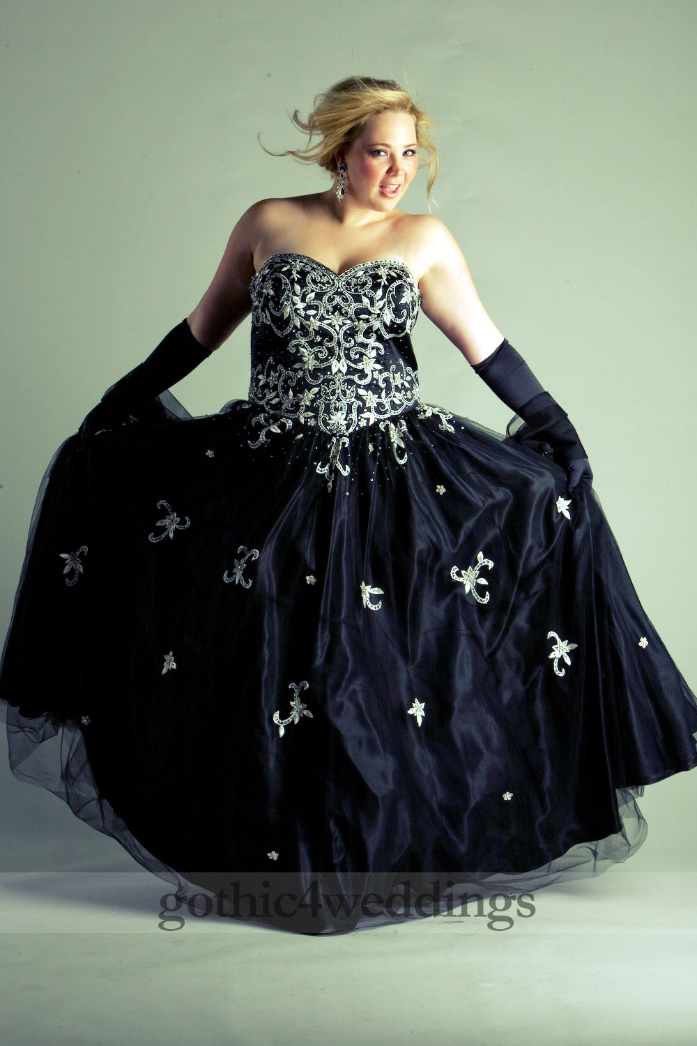 Gothic Plus Size Wedding Dress