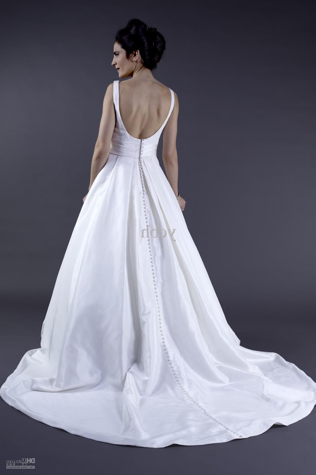Wholesale - 2011 bateau neckline wedding dress with pockets and low scoop