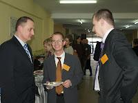 W czasie przerwy: M. Wojtacki, C. Kolthoff (wykładowca), R. Karczmarczyk