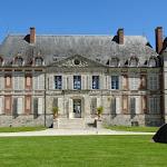 Château de Courson : façade sur jardin