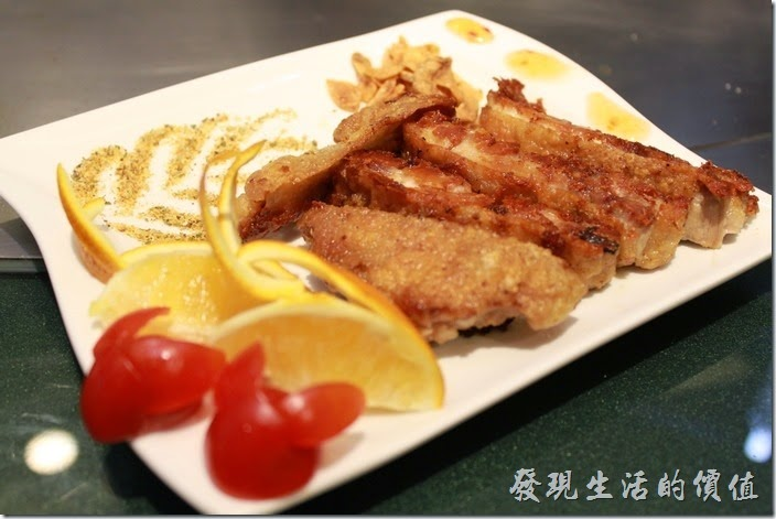 今天跟老婆相約來到這家號稱有做「創意料理」的【椰如鐵板燒】用餐,這間鐵板燒在台南有兩家分店,今天來用餐的是其位於台南市金華路與保安路交叉口附近的【金華店】,這附近有許多的平民美食,如河粉、米糕、豬心、肉圓、牛肉湯...等。