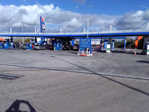 Estación de servicio Carrefour, Av. de los Bomberos, 2A, 28232 Las Rozas, Madrid, España, Estación de bomberos | Comunidad de Madrid