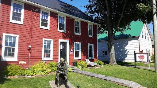 Maroon Pig Art Gallery & Sweet Shop, 37 Water St, Georgetown, PE C0A 1L0, Canada, Art Gallery, state Prince Edward Island