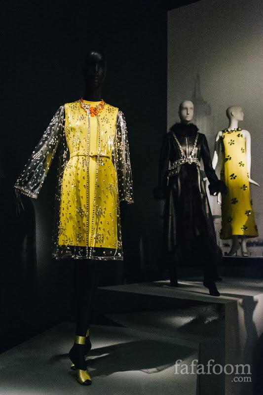 (Left to right) Oscar de la Renta for Jane Derby, Coat, Resort 1966. Evening coat, Fall 1969. Dress, Summer 1967.