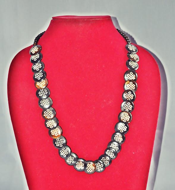 Bone Small Necklace