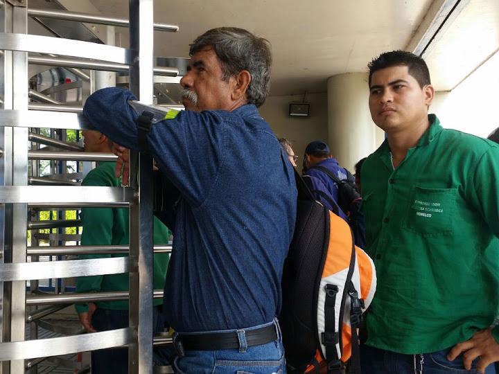 Ecopetrol bloquea ingreso de trabajadores en refinería de Barrancabermeja