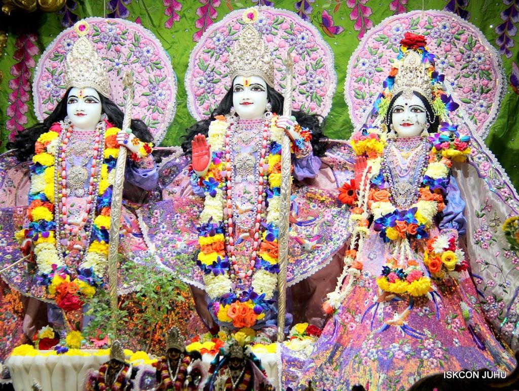 ISKCON Juhu Sringar Deity Darshan 11 Feb 16 (33)