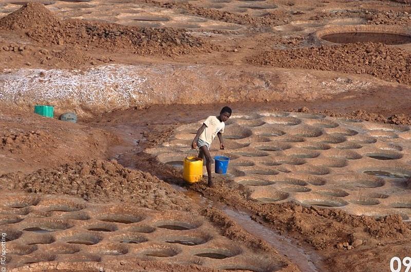 salt-works-teguidda-n-tessoumt-10