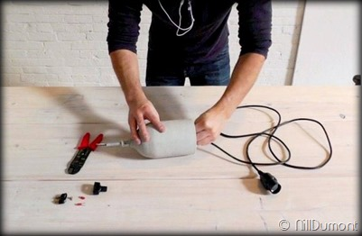 Criando luminária com Pet e cimento-016