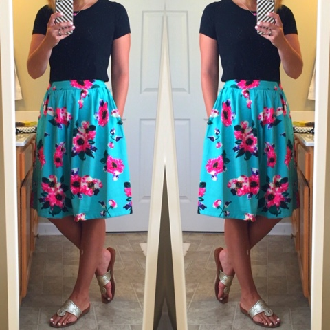 modest fashion, mikarose, floral skirt, jack rogers, kendra scott