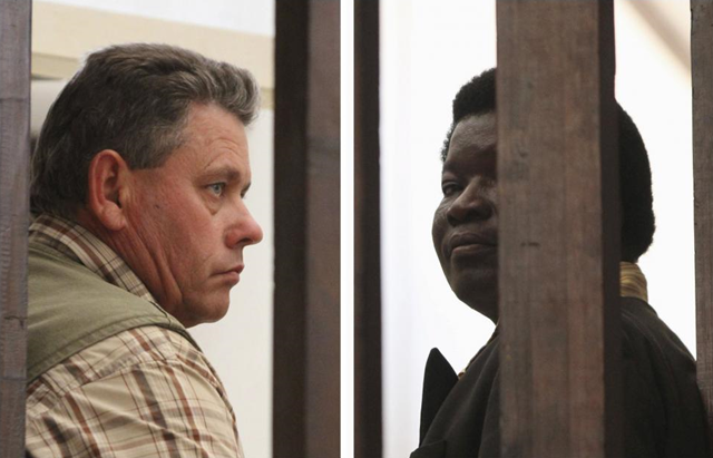 A combination photo shows Zimbabwean safari operator Honest Ndlovu (R) and fellow countryman and hunter Theo Bronkhorst waiting to appear in Hwange magistrates court, 29 July 2015. Philimon Bulawayo / REUTERS