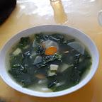 Zupa mało mongolska: glony, tofu i kalarepa ;-)