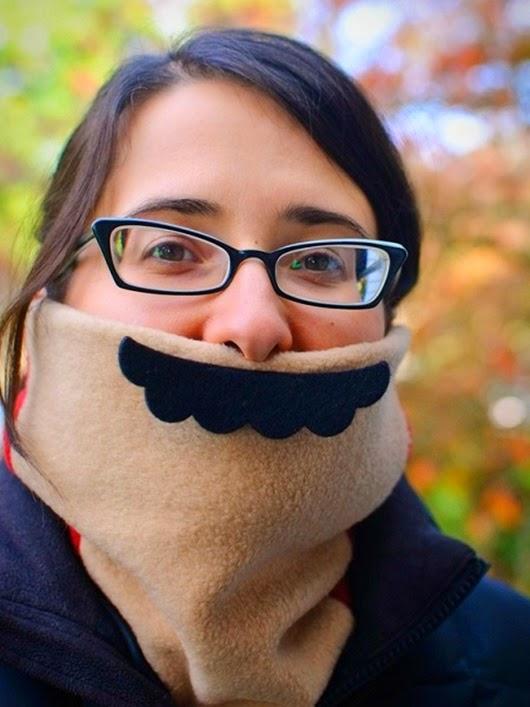 marios-mustache-scarf