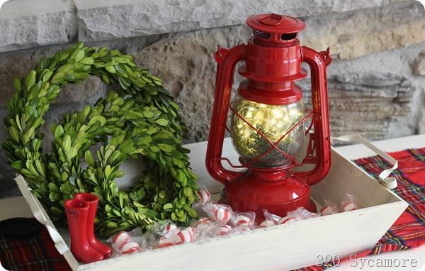 lantern in tray