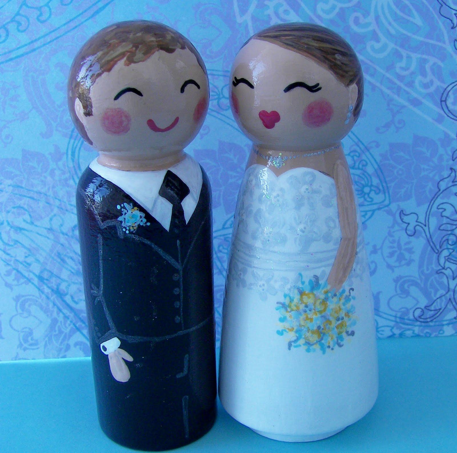 unusual wedding cake stands