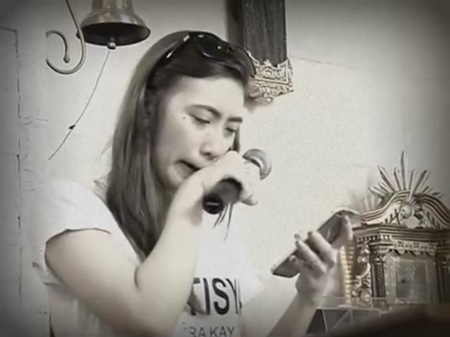 Angelica Yap aka Pastillas Girl giving her eulogy to her mom