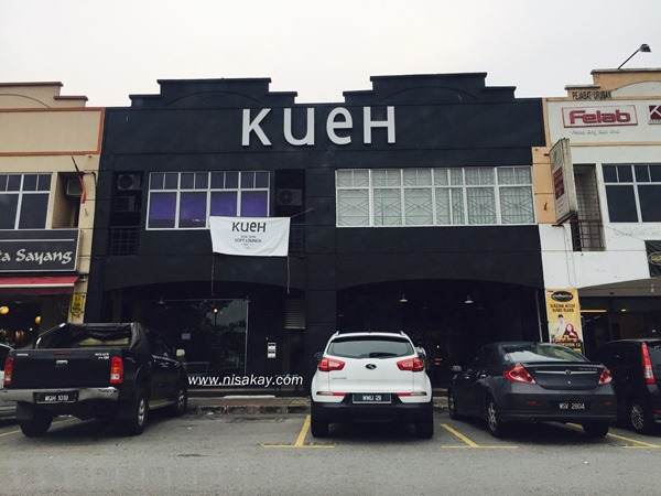 Kueh Cafe 1