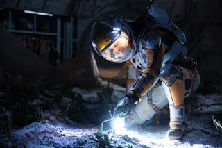 Mark Watney ketika mendapati tanamannya di Mars hancur